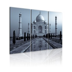 Canvas Print  Taj Mahaj by night, India