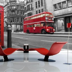 Wallpaper  Red bus and phone box in London